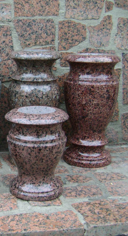 Гранітні вази